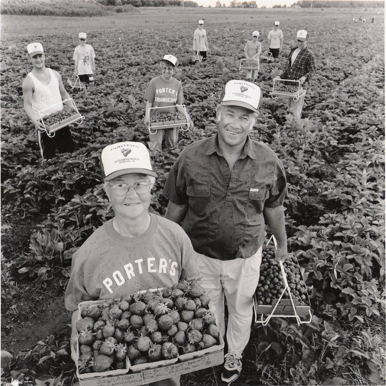 jeep porter picking strawberries